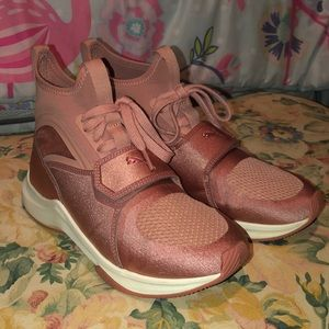 PUMA Rose Gold shoes, Good Condition